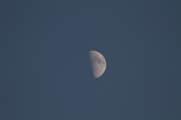 Figure 2: Unprocessed moon photo with Canon 7D at 400mm.