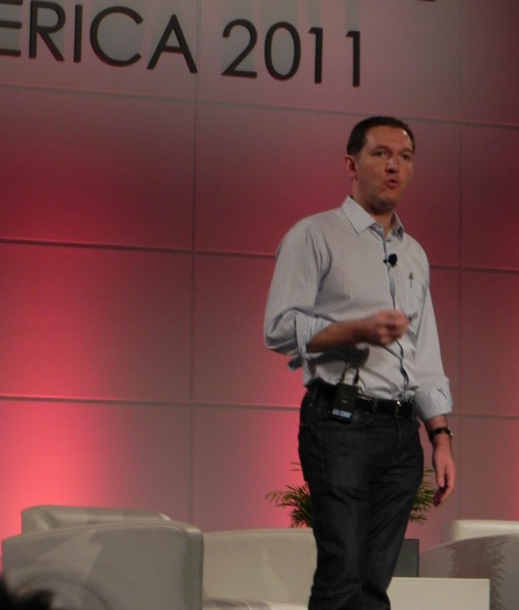 Jim Whitehurst at LinuxCon North America