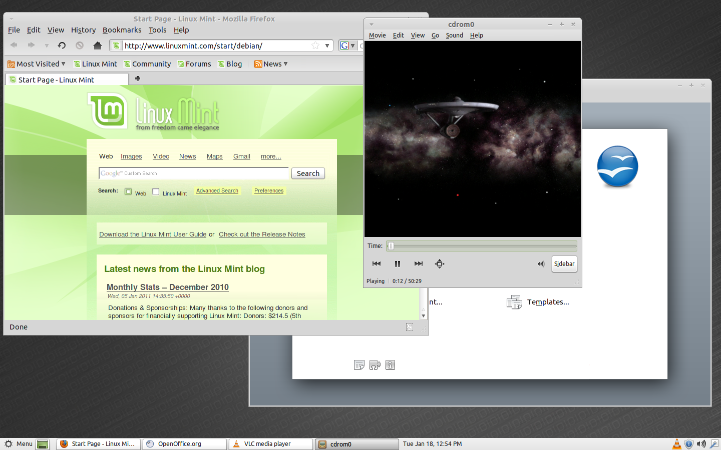 Linux Mint Debian Desktop in Action